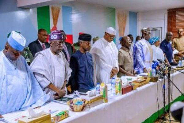 8800008_fbimg1550496610625_jpeg1cd9a6be7ab593012edeee381603f2a1 Buhari, Tinubu, Oshiomhole, Amaechi, Others At APC Caucus Meeting In Abuja (Pix)