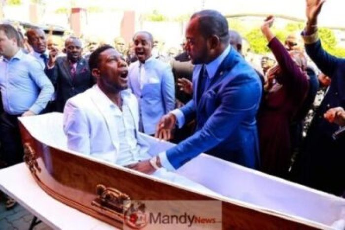 Alph-Lukau52598857_10156104366547113_4336929955410608128_n-1-1 Social Media Users Have Started A #ResurrectionChallenge Inspires By Alph Lukau