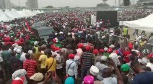 C9i4GoD4lwtdZLcy 300x165 - Crowd Waiting For Atiku At Lagos PDP Presidential Rally (Video)