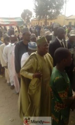 D0FIw1pWwAAB6k6 Kano State Governor, Abdullahi Ganduje, Casts His Vote (Photos)