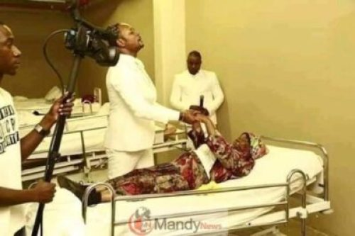 D0ThmYjXQAAV45q Resurrects Zimbabwean Dead Man Works For Pastor Alph As A Camera Man (photos)
