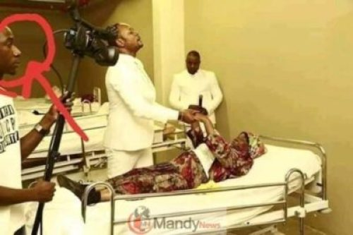 D0Thmr_XgAE6fK3 Resurrects Zimbabwean Dead Man Works For Pastor Alph As A Camera Man (photos)