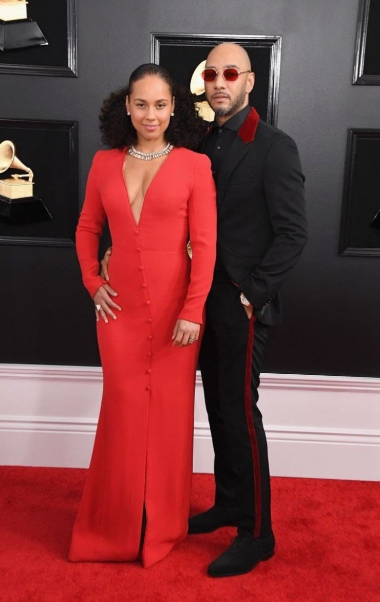 alicia keys and swizz beatz attends the 61st annual grammy news photo 1097515350 1549843563270526819 - All Grammys 2019 Red Carpet Celebrity Dresses & Looks (Photos)