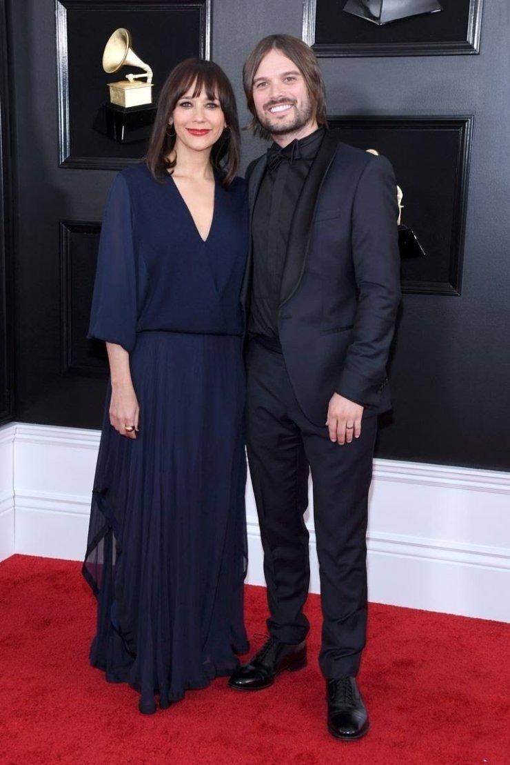 rashida jones and alan hicks attend the 61st annual grammy news photo 1097439964 15498397452019561388 - All Grammys 2019 Red Carpet Celebrity Dresses & Looks (Photos)