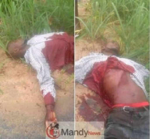 8991489_capture1275_jpeg0f36e5c6d8e08c9620edeb67d9c8c79e Man Shot Dead By Gunmen In Broad Daylight In Rivers State (Graphic Photos)
