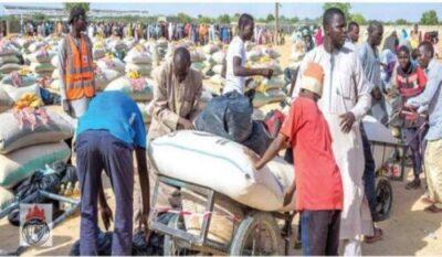 9067097 5383538416214727346632582179089470517673984n jpeg37faa0c6db71b4f817e31047a4ffd5d7 - Bishop Oyedepo Distributes Aid Supplies To IDPs In Maiduguri