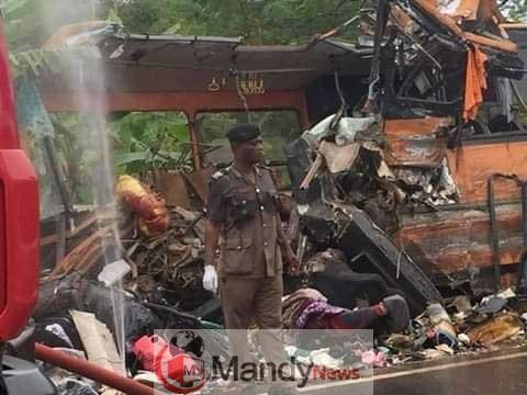 Metro Mass bus crashes Neoplan bus 2 - One other Accident: eight Lifeless In Ghana Bus Accident (Images)