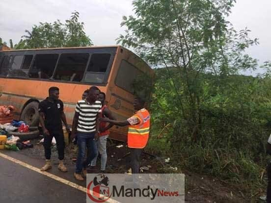 Metro-Mass-bus-crashes-Neoplan-bus-4 One other Accident: eight Lifeless In Ghana Bus Accident (Images)