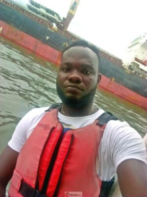 1555016736614 768x1024 - Collins WeGlobe: My Visit To Tarkwa Bay Beach In Lagos, Nigeria (Photos)