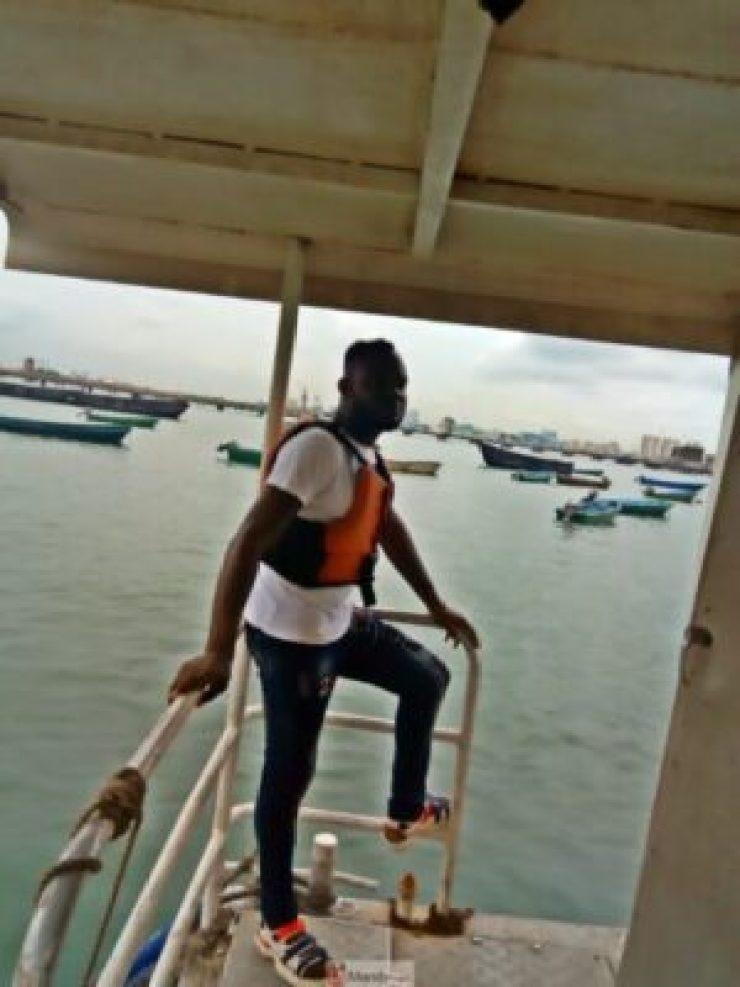 1555017018936-768x1024 Collins WeGlobe: My Visit To Tarkwa Bay Beach In Lagos, Nigeria (Photos)