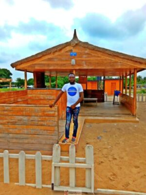 1555017368357 768x1024 - Collins WeGlobe: My Visit To Tarkwa Bay Beach In Lagos, Nigeria (Photos)