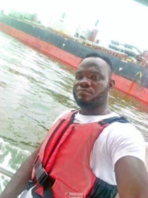 1555018291898 768x1024 - Collins WeGlobe: My Visit To Tarkwa Bay Beach In Lagos, Nigeria (Photos)
