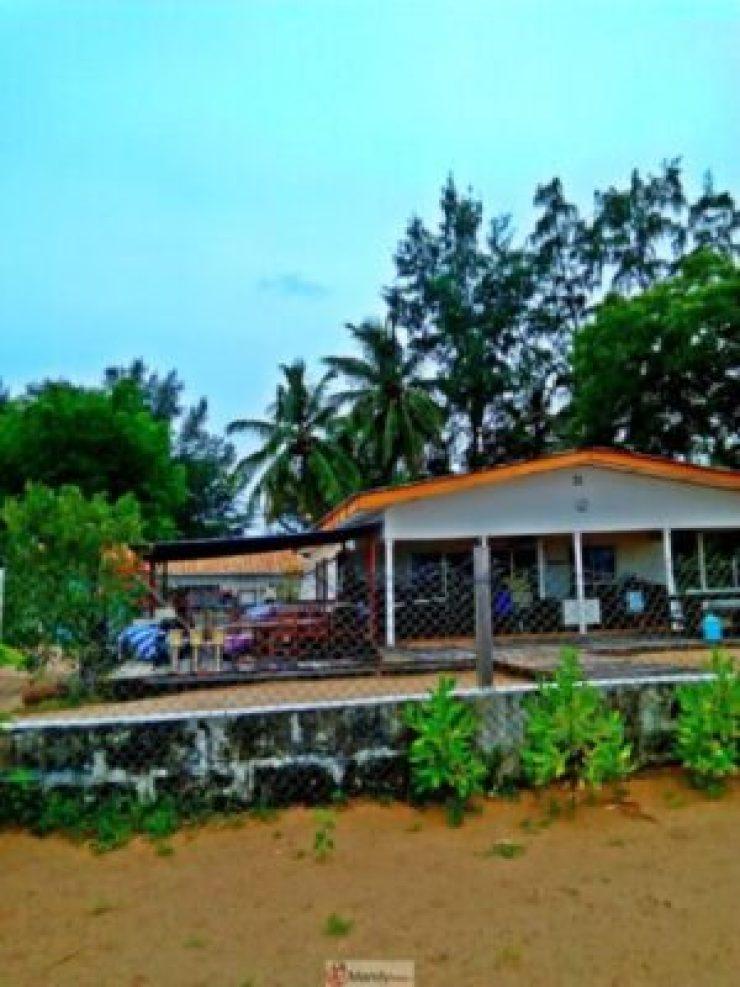 1555018731150-768x1024 Collins WeGlobe: My Visit To Tarkwa Bay Beach In Lagos, Nigeria (Photos)