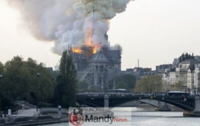 1555350511 000 1FO1M2 - Fire Breaks Out At Notre-Dame Cathedral In Paris (Photos)