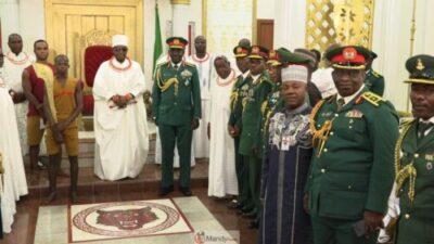 57272132 10161697840580374 4838733120863731712 o 1024x576 - Chief Of Army Staff, Lt Gen Tukur Buratai Visits Oba Of Benin (Photos)