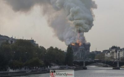 7e1fd018a169aaa53481a2462a29429a9ff28b662c75acb6e4ab46bff8ee670f 1024x635 - Fire Breaks Out At Notre-Dame Cathedral In Paris (Photos)