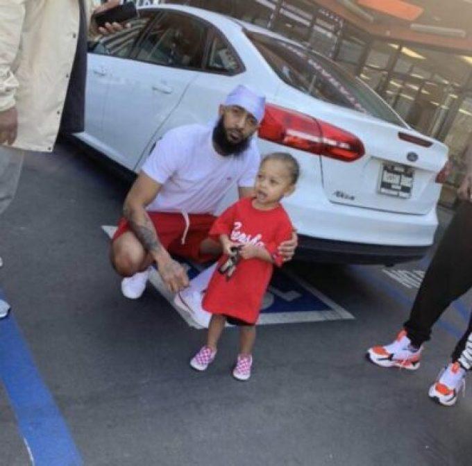 D3Bf85PUcAAf9_B American Rapper, Nipsey Hussle Killed In Los Angeles