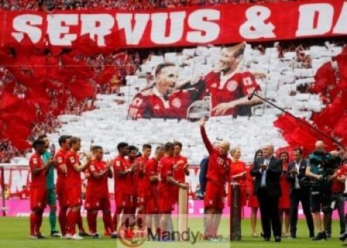 0_Bundesliga-Bayern-Munich-v-Eintracht-Frankfurt Final Game In Bayern Munich: Franck Ribery And Arjen Robben Break Down In Tears