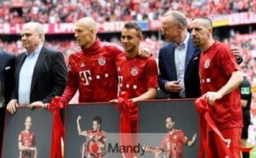 1_Bundesliga-Bayern-Munich-v-Eintracht-Frankfurt Final Game In Bayern Munich: Franck Ribery And Arjen Robben Break Down In Tears