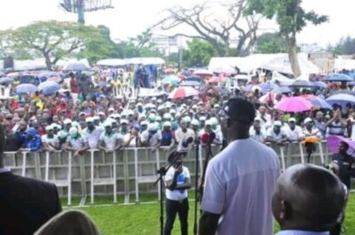 FB_IMG_15628606448436725 Market Women, Labour Groups, Youths, Others Pledge Support For Gov. Obaseki (Photos)