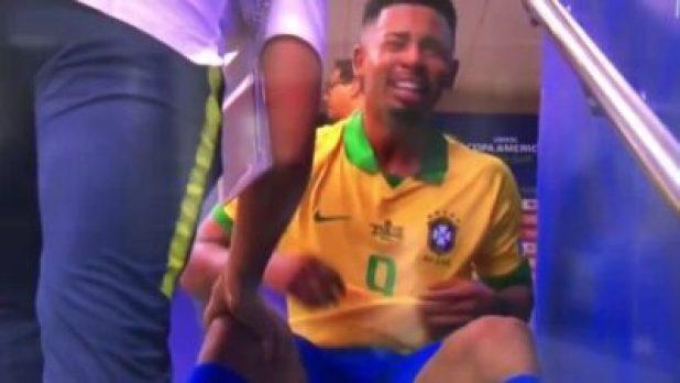 NINTCHDBPICT000503810841 Gabriel Jesus In Tears As He's Sent Off In The #CopaAmerica (Video)