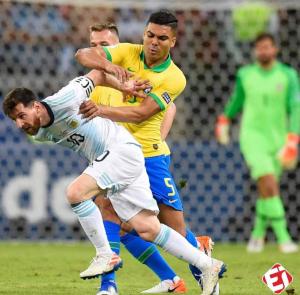 Screenshot_20190703-043919 Copa America: Lionel Messi Humiliates Casemiro And He Tackles Horribly (Video, Photos)