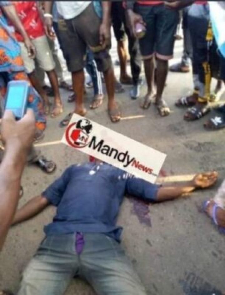 1569179386517 Customs Officers Kill Okada Rider While Chasing Rice Smugglers In Oyo (Photo)
