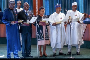 EMEx4ddWoAAa5cA - President Buhari Swears-In 9 New Permanent Secretaries