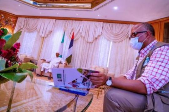 President Buhari Receives Briefing From Health Minister And DG NCDC