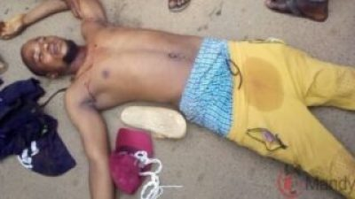 Oyetola Convoy Shot #EndSARS Protesters In Osogbo One dead, Several Injured