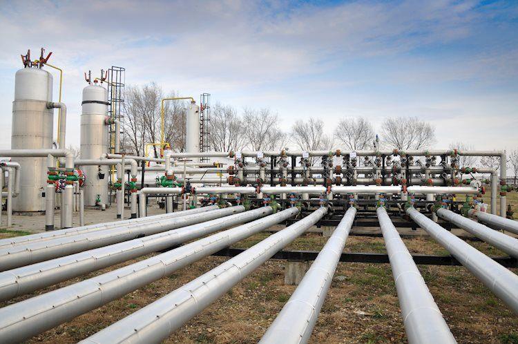Futuros de gas natural: corrección (vencidos desde hace mucho tiempo)