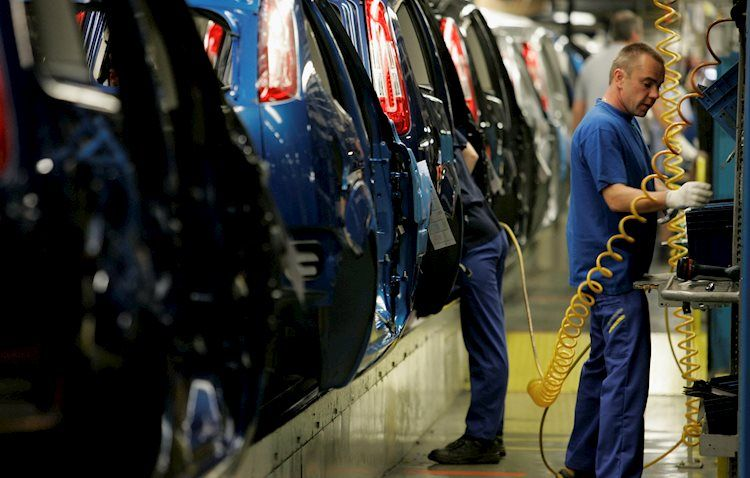 Producción industrial registra modestas ganancias en agosto – Wells Fargo