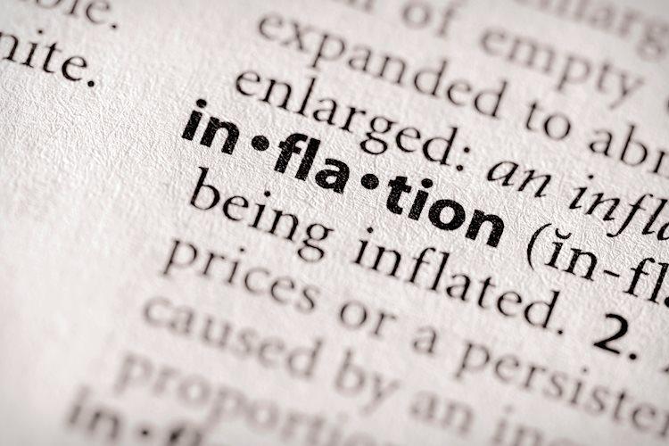 Lo 'peor' de la inflación es probable este verano y se desacelerará en el otoño