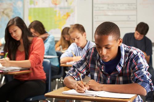 Las soluciones educativas de CAE y Centerpoint colaboran para respaldar los objetivos mutuos de preparación universitaria y profesional