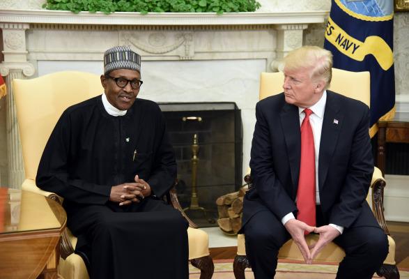 Trump elogia a Nigeria por la prohibición de Twitter, dice que más países deberían hacer lo mismo