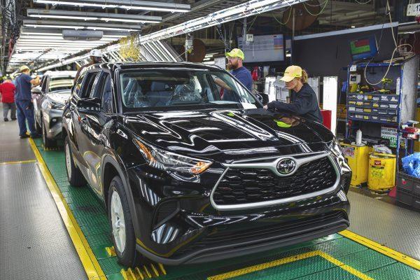 Toyota y Honda instan al Congreso a rechazar los incentivos fiscales ampliados que beneficiarían a Ford, GM y Stellantis – TechCrunch