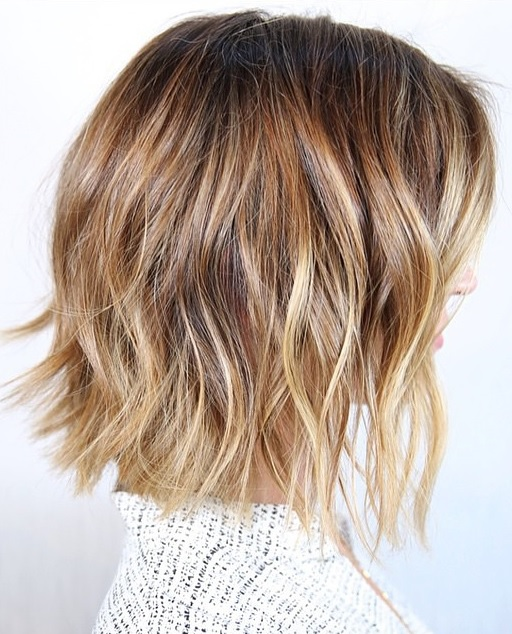 bronde highlights and beachy bob hairstyle
