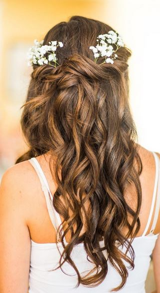 bridesmaid-hairstyle-idea-updo