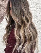 good picture gallery for hair color and style ideas