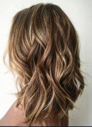 brunette textured lob mane interest