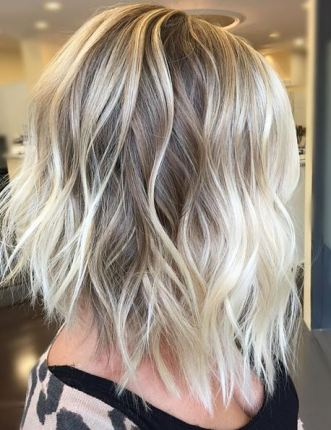 natural-looking-blonde-highlights-and-sexy-shoulder-length-haircut