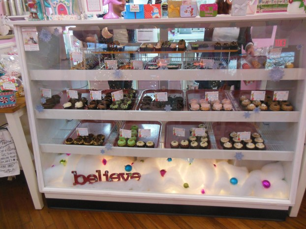 shannon-flynn-sweet-cupcasions-is-as-sweet-as-ever-pic-4