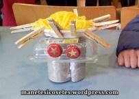 taller creació amb material reciclatge 03
