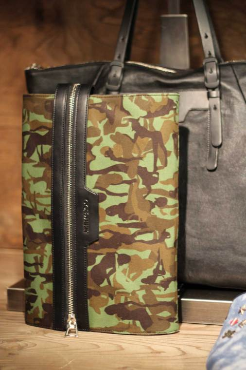 Jimmy-Choo-LCM-SS14-Presentation-Camouflage-Document-Waller-Laptop-iPad-Case