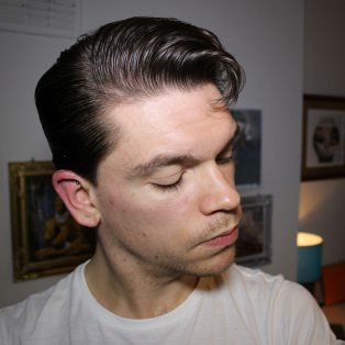 Alex-Turner-Hairstyle_Tutorial_How-To_Hair_Greaser_Elephants-Trunk_2