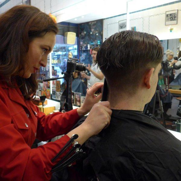 Mens-Disconnected-Undercut-Haircut-Fish-Soho-Robin-James-Comb-Hair