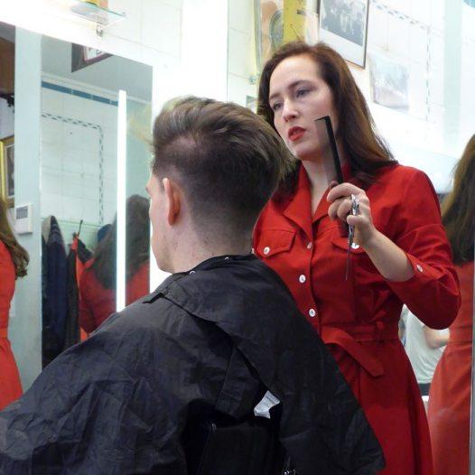 Mens-Disconnected-Undercut-Haircut-Fish-Soho-Robin-James-Comb