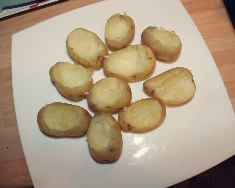 Hollowed_Potatoes_Haggis
