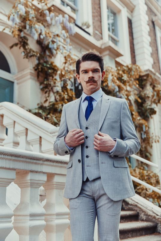Mens-Wedding-Suit-Top-Tips--4