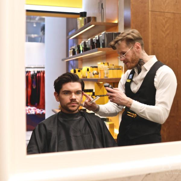 Inside Acqua Di Parma's First UK Barbershop!